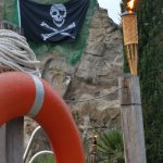 Piratenfest 2019 Naturbad Aachtal_Piratenflagge_Fackel_Rettungsring