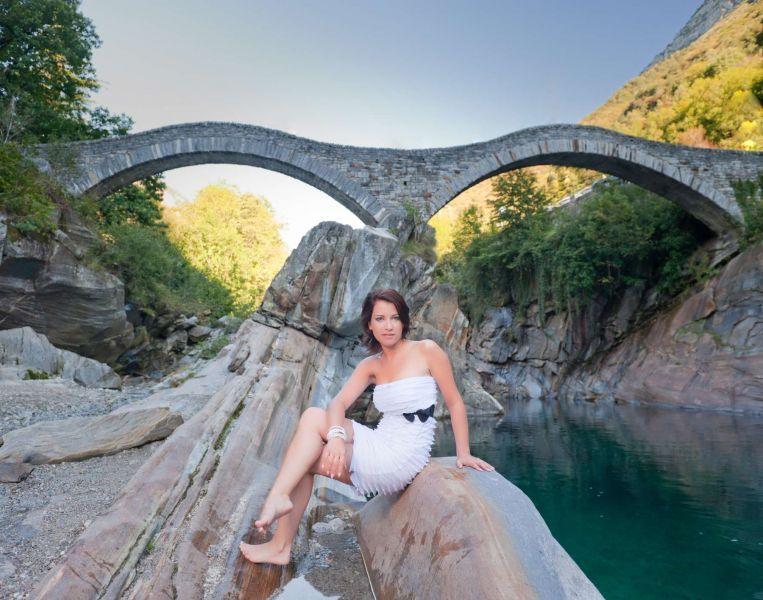 fotograf tessin fotoshooting banner frau ponte dei salti