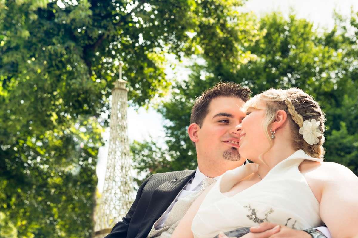 Foto vom Brautpaar beim Fotoshooting mit dem Fotograf Rainer Rössler in Bad-Dürrheim