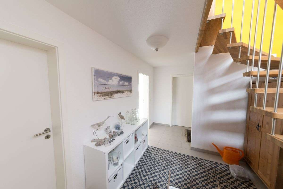 immobilienfotografie rewa aach bodensee flur2 rainer. Black Bedroom Furniture Sets. Home Design Ideas