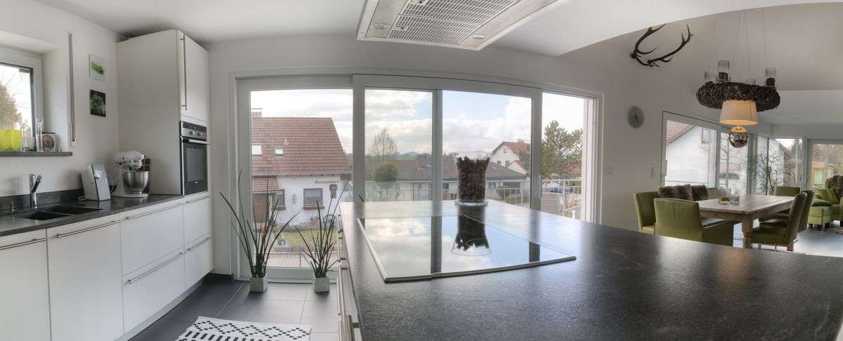 immobilienfotografie rewa aach bodensee kueche rainer. Black Bedroom Furniture Sets. Home Design Ideas