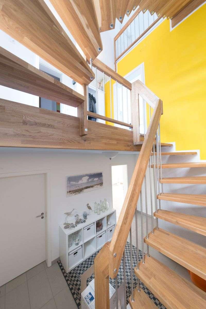 immobilienfotografie rewa aach bodensee treppen rainer. Black Bedroom Furniture Sets. Home Design Ideas