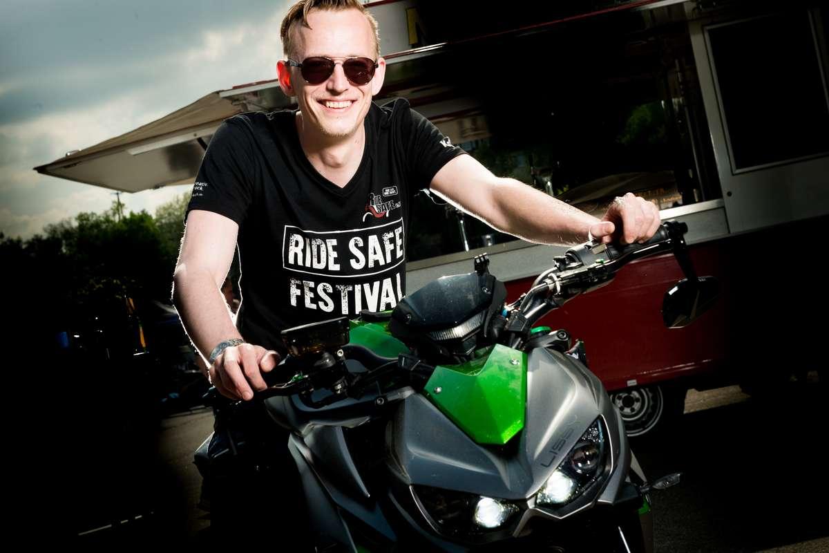 Foto des Fotoshootings beim RideSafe-Festival mit Fotograf Rainer Rössler