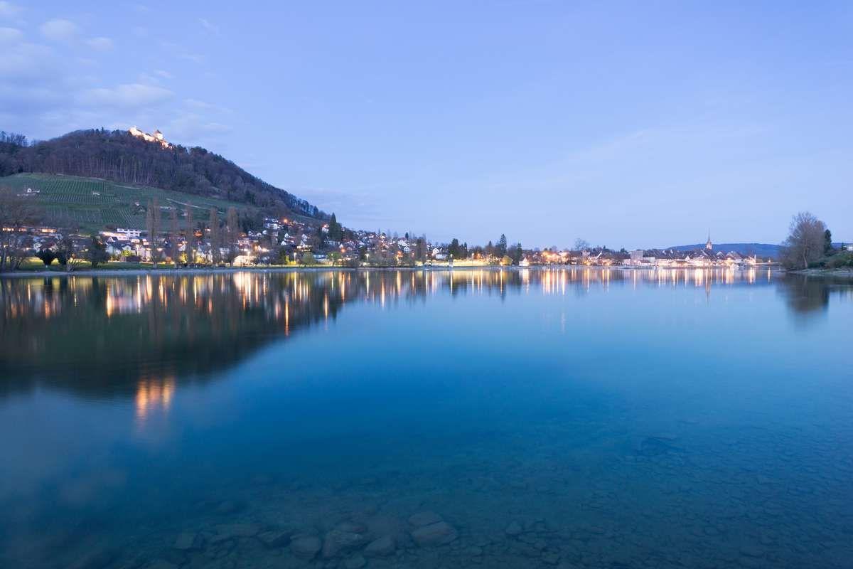 stein am rhein spiegelung abends blaue stunde schweiz 2017 ultraweitwinkel